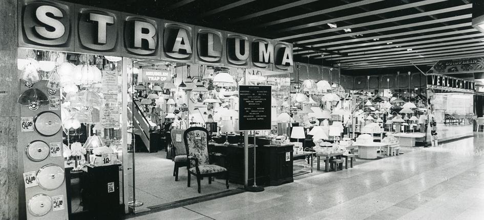 verlichtingsspeciaalzaak aan de karel doormanstraat onder de naam van meer deze winkel was gespecialiseerd in de verkoop van exclusieve verlichting