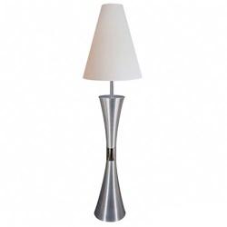 Speelse vloerlamp- wit woonkamer