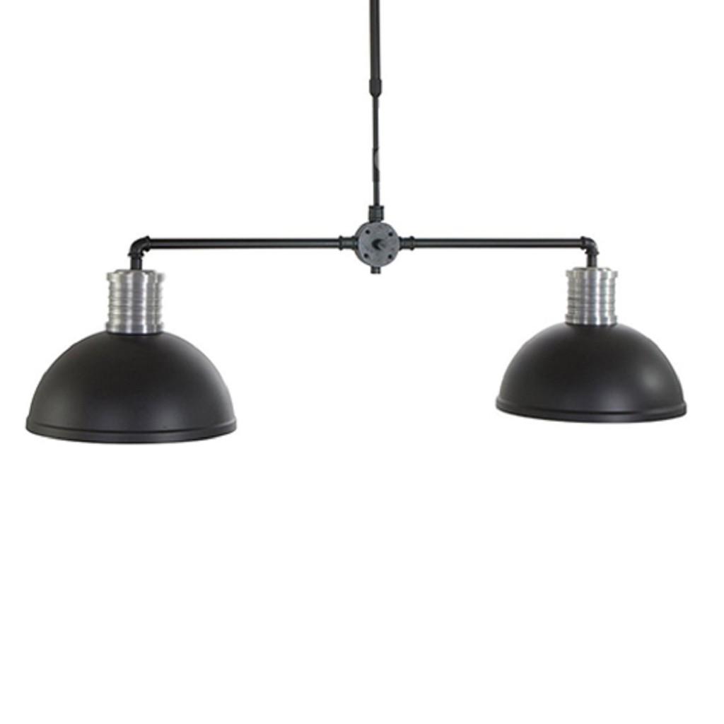 Industriele hanglamp met zwarte kap