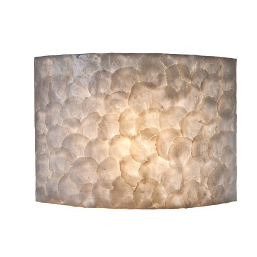 Sfeervolle wandlamp creme schelpen kamer