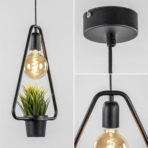 Hanglamp driehoek zwart met plantje