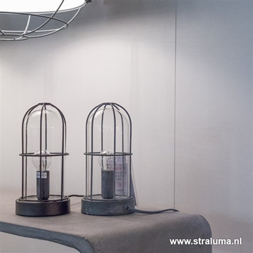 Kleine industriële tafellamp Storm beton