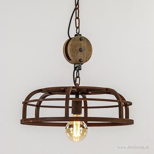 Landelijke hanglamp roest met katrol