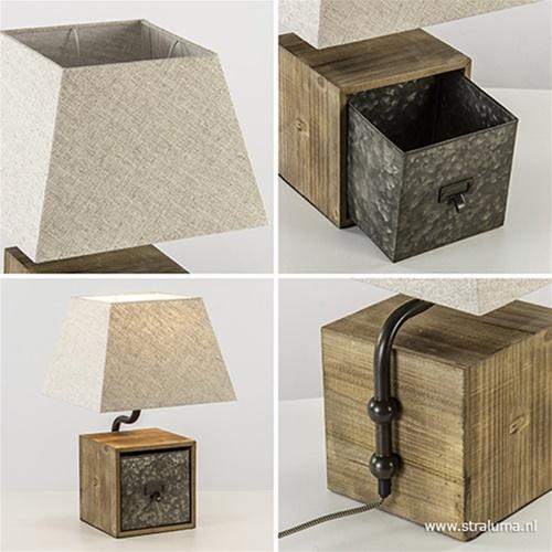 Houten tafellamp met zwart metaal en kap