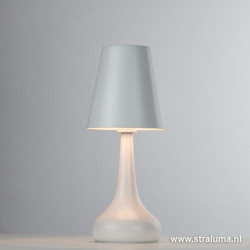 witte moderne tafellamp woonkamer straluma