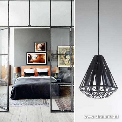 Grafische hanglamp zwart woonkamer | Straluma