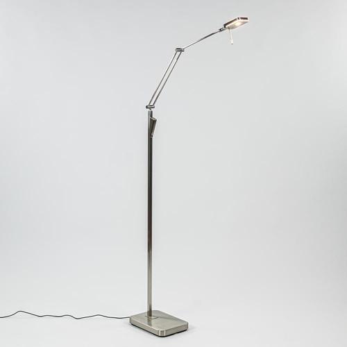 Strak klassieke leeslamp nikkel met dimbaar LED