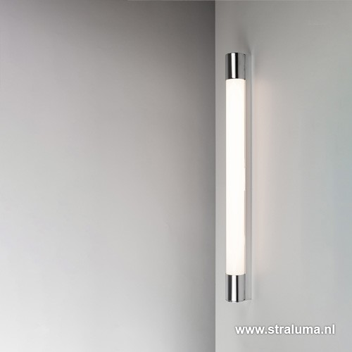 LED badkamer-wandlamp met stopcontact   Straluma