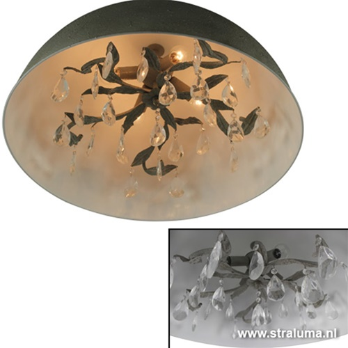 Romantische hanglamp koepel eettafel