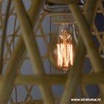 * Houten hanglamp Bamboo mand