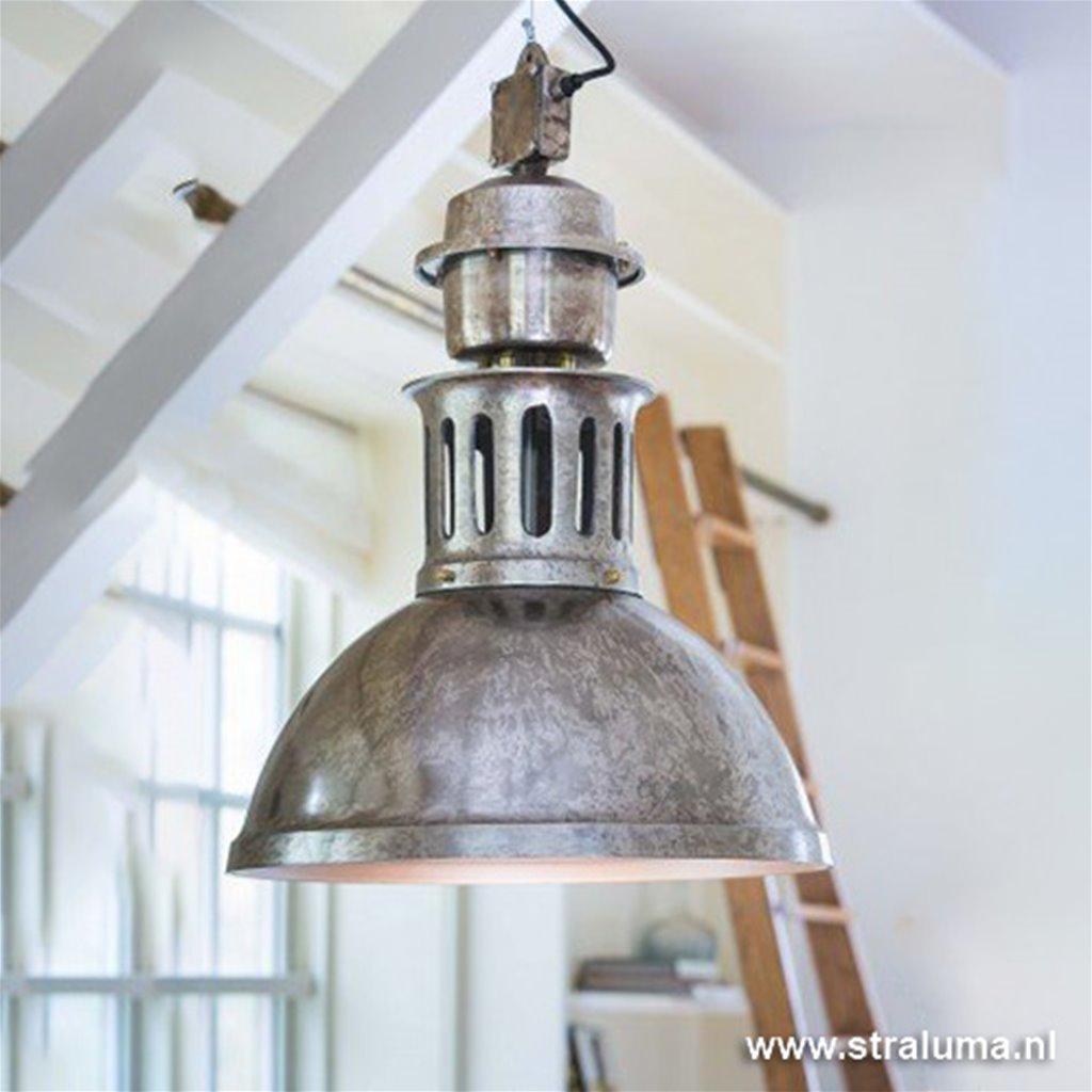 Antiek zilveren hanglamp industrie