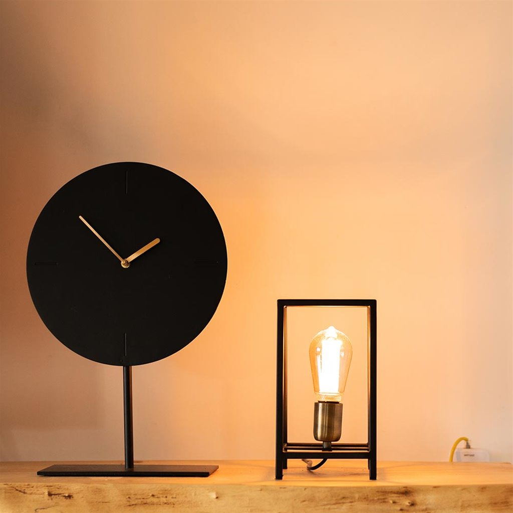 Zwarte tafellamp Marlay met brons L&L