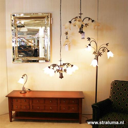 Klassieke wandlamp bruin met bloem