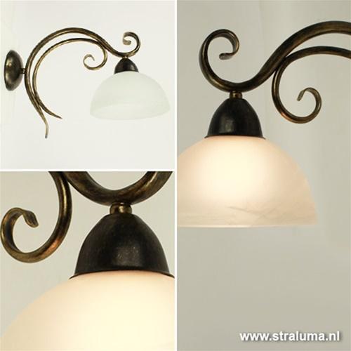 Wandlamp klassiek zwart-goud met glas