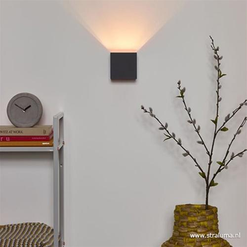 Wandlamp Xio kubus antraciet inclusief LED