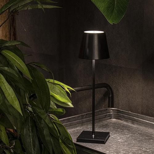 Moderne LED tafellamp draadloos dimbaar