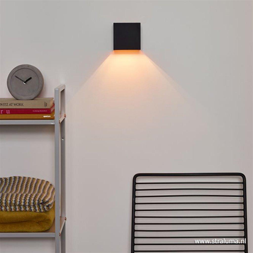 Wandlamp kubus zwart/goud led
