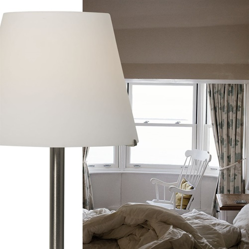 Tafellamp Calabro rvs met wit glas