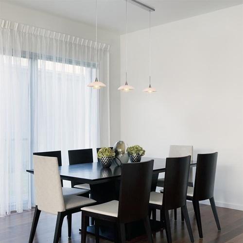 3-Lichts eettafelhanglamp staal met witte schotels