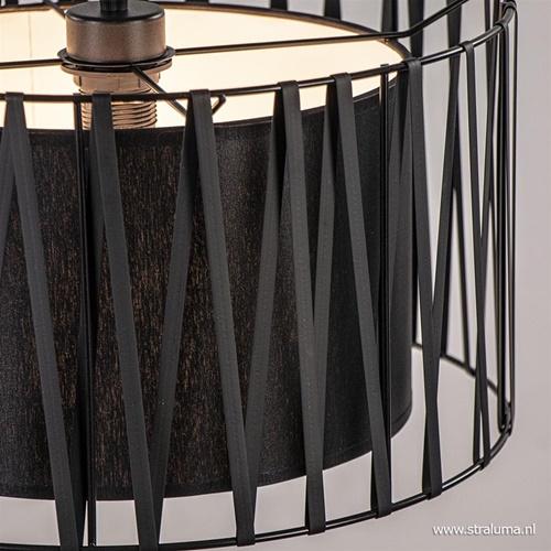 Scandinavische hanglamp met zwarte kap