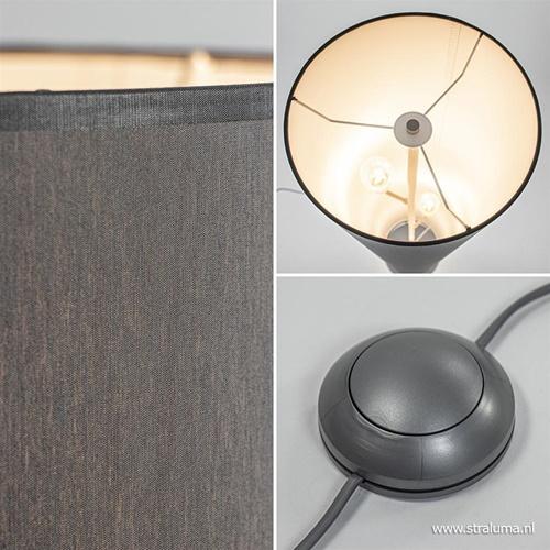 Grijze vloerlamp met cilinder vormige kap