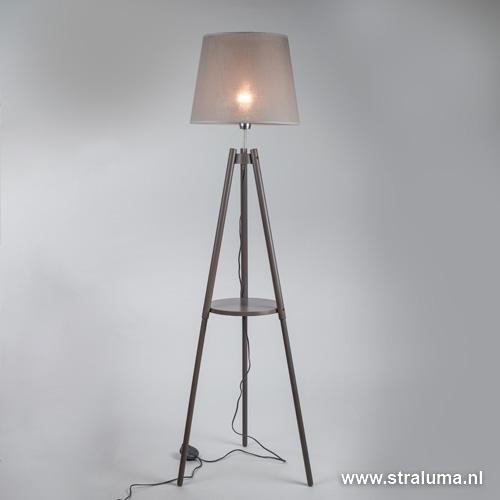 Driepoot vloerlamp grijze kap woonkamer | Straluma