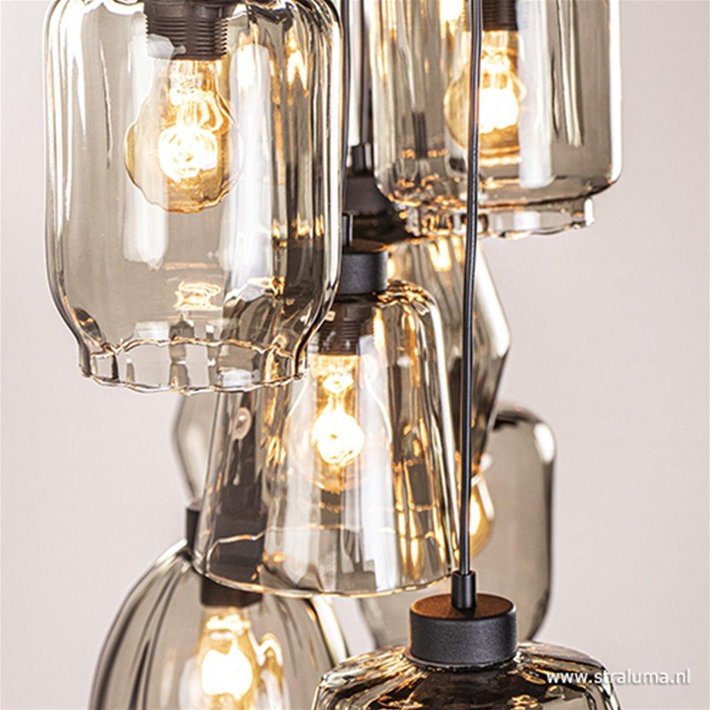 Grote hanglamp met verschillend glas