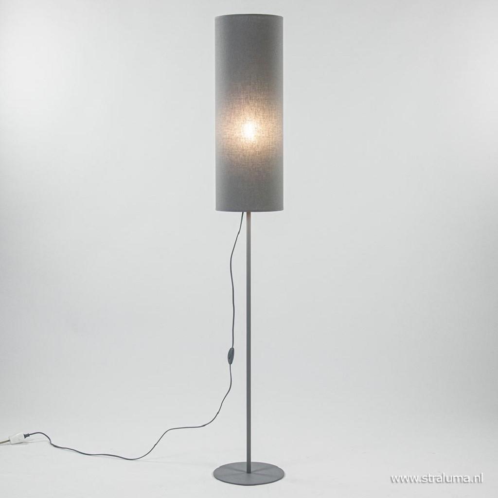 Grijze vloerlamp met stoffen kap modern