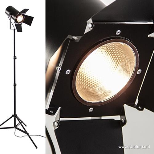 Zwarte driepoot vloerlamp studio spot