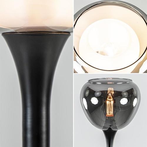 Strak klassieke tafellamp zwart met smoke glazen kap