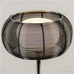 *Chromen tafellamp met zwart metalen kap