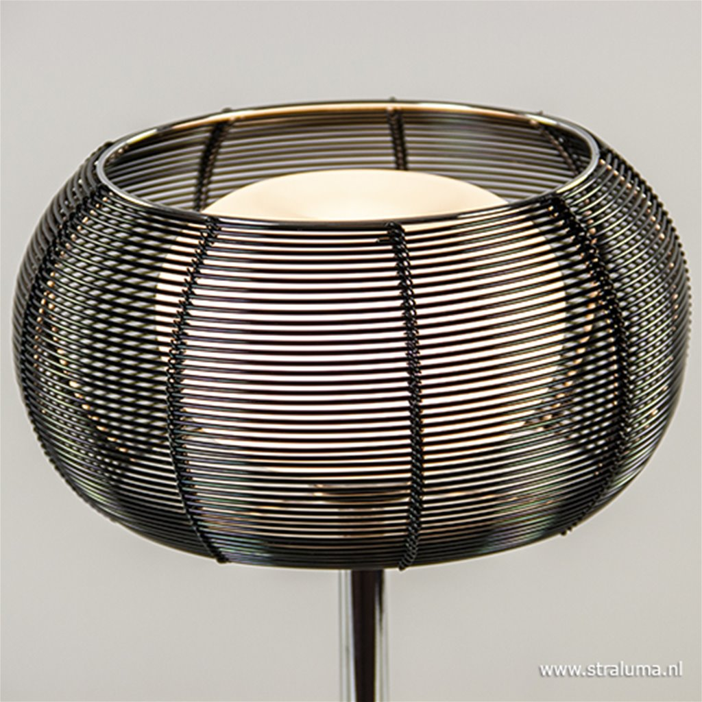 Chromen tafellamp met zwart metalen kap
