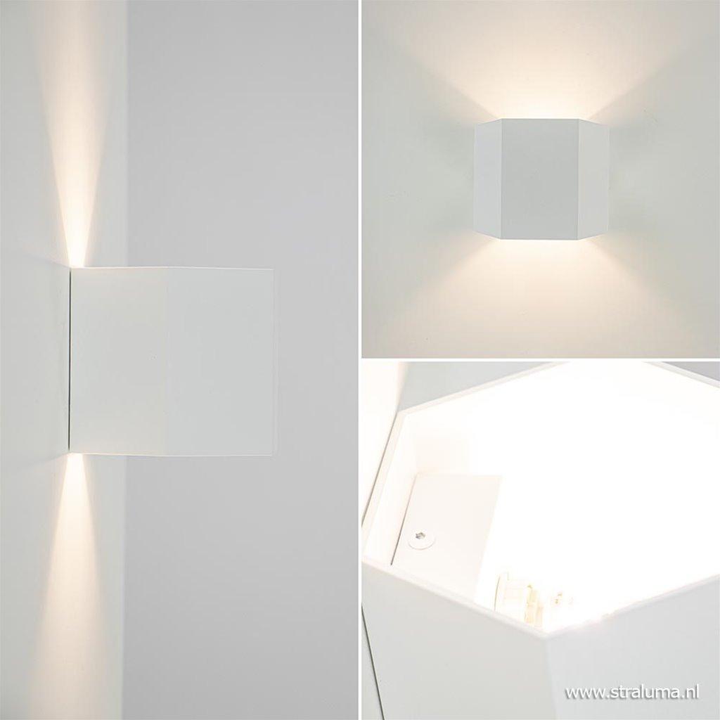 Metalen wandlamp hexagon up+down mat wit
